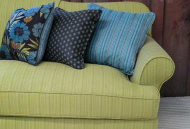 12 Days of Pillows 2013 – Day 9