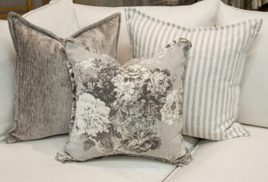 12 Days of Pillows 2018 – Romantic Grey (Day 1)