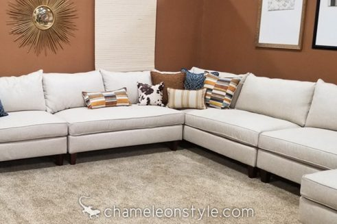 Windlass Linen Fabric on Chameleon Fine Furniture Lielle Sectional